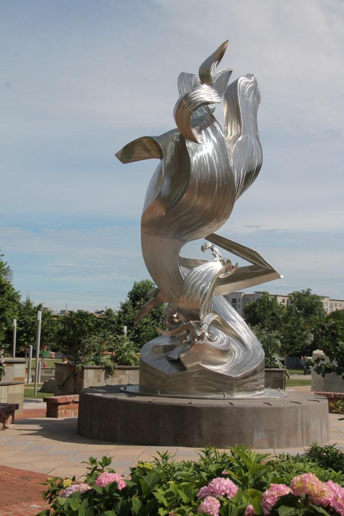 sculpture Richard Hunt's Spiral Odyssey